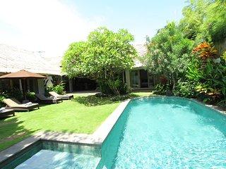Villa Suara Ombak Petitenget