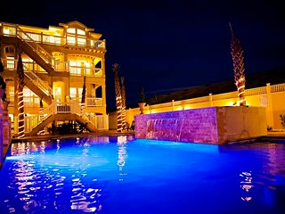 Grande Ritz Paradise ~ RA127603