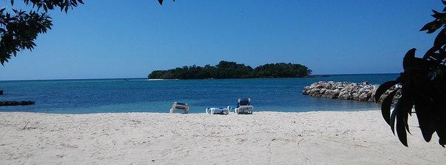 Main beach with Booby Cay