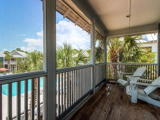 Pool-side cottage w/ gulf view & shared hot tub - close to the beach!, Port Saint Joe