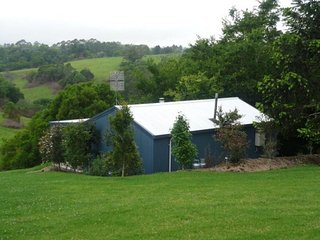 Jacaranda Cottages Bunya Cottage - 2 night minimum stay, Maleny