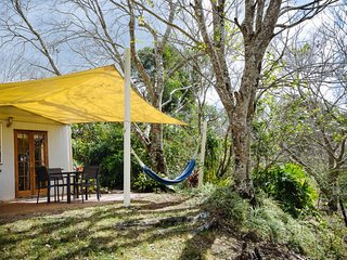 Jacaranda Cottages The Whipbird Cabin - 2 night minimum stay, Maleny