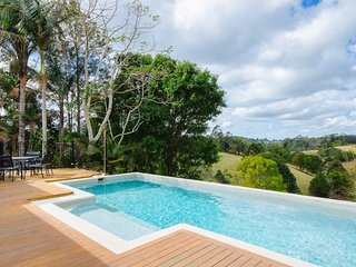 Maleny Holiday House - Pool