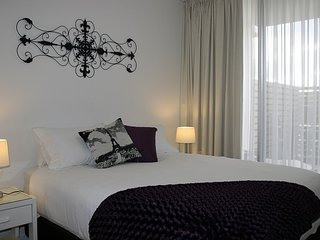 :La Rouge 1 bedroom Serviced Apartment, Phillip