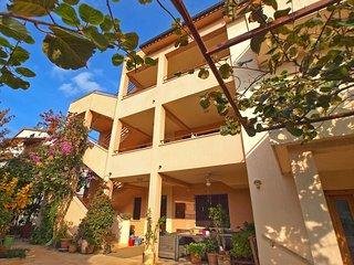 Apartment 11040, Banjole