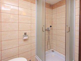 Apartment 11064