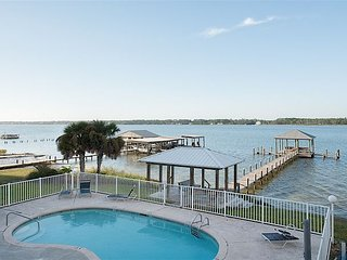 Tide Together: 4BR, 3.5 BA Gulf Shores Lagoon Home in Sunwatch Cottages