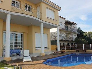 Superbe maison avec piscine vue mer et montagne, Llanca