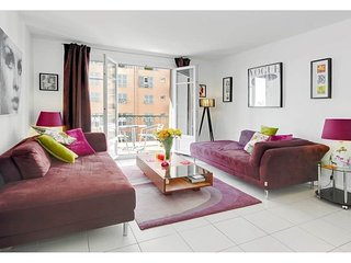 Superb Stylish Nice Port 2 Bedroom Apartment