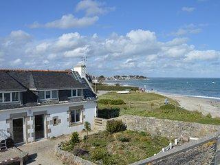 Maison, les pieds dans l'eau, vue mer panoramique