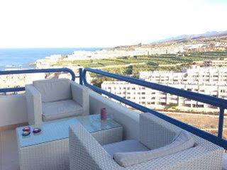 Beautiful apartment with spectacular sea views, Playa Paraíso