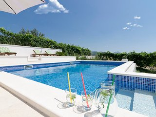 Luxury Villa with pool near Trogir