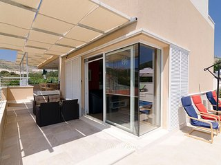 Luxury Villa with pool near Trogir