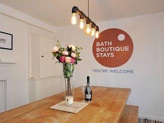 Gravitas House, Bath