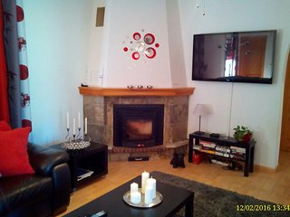 Lounge (pellet burner)