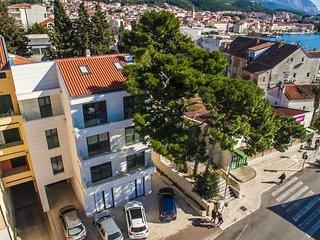Makarska Touristik APP6 (4+1)
