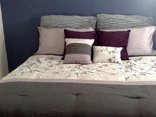 KING bed, Studio Apartment, Private, Quiet