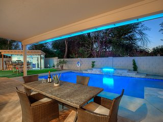 Casa Del Sol 6 BR 3 BA remodeled home.  Close to shopping and restaurants, Scottsdale