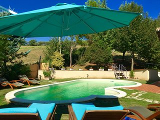 Spoleto Pool Luxury - sleeps 6 to 8, Ocenelli