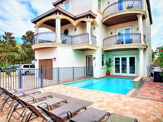 Adonis:10bdrm, Game Rm, Pool/Hot Tub, Steps 2Beach, Miramar Beach