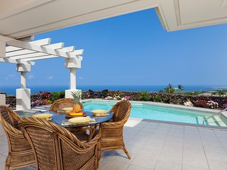 Location, Location, Location.  Spectacular Views, Home, Pool all w/privacy, Kailua-Kona