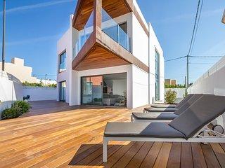 Alquiler por semanas de villa en Illa Plana, Marina Botafoch, Ibiza, Talamanca