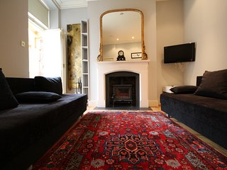 1 Bedroom Flat 30 seconds from The Royal Opera House!