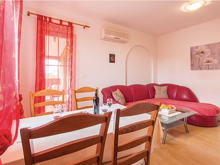 Cosy Paolo apartment is located in quiet part of Pula