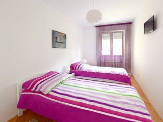 Lovely apartment on main street Ilica