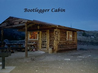 The Bootlegger Cabin at Beartooth Lodge close to Yellowstone National Park
