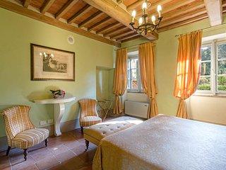 Large Luxury Villa Near Lucca with Pool and Staff - Borgo di Vorno