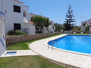 Apartment with Pool Near Beach, Porches