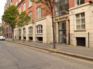 Luxurious Three Bedroom Top Floor Apartment, Belfast