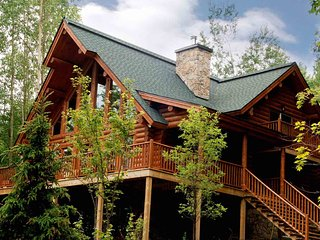 Mont Tremblant Blueberry Lake Incredible 4 Bedroom Dakota Chalet