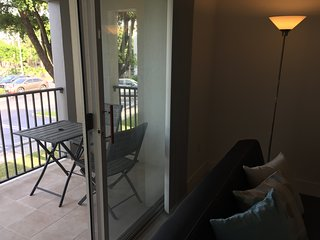 DORAL APARTMENT 2 BEDROOMS 2 BATHROOMS