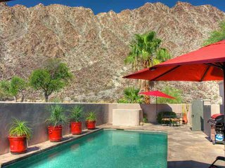 Beautiful Casa at Montezuma in La Quinta Cove, 3 Bd/2 Ba with Pool next to