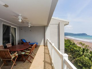 Gorgeous beachfront condo w/access to shared pool & incredible ocean views!