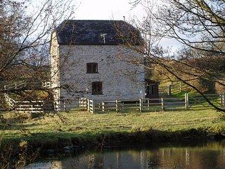 HALLS Cottage in Hay-on-Wye, Kinnersley