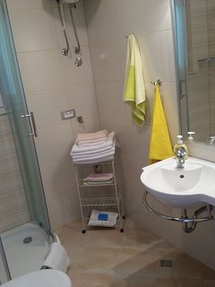 A3 Prizemlje (2+2): bathroom with toilet