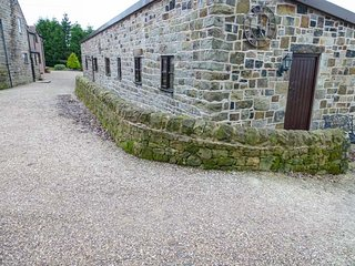HOLIDAY COTTAGE, romantic, single storey, WiFi, patio, nr Ipstones, Ref 944544