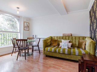 Victorian 2 Bedroom Flat in Notting Hill, Londres