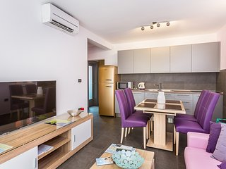 Marijan A1 4* apartment for 4 people