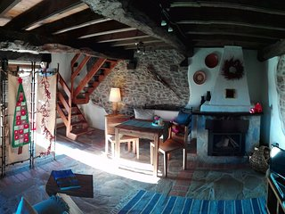 Casa Nela - tu preciosa casa entre las montanas y la mar