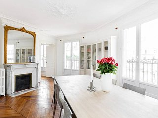 Best Location 3 Bedroom Paris