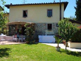 Splendida villa nelle colline fiorentine