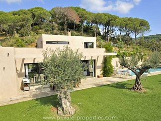 Luxurious villa with modern amenities and desing!, La Croix-Valmer