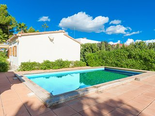 CAN BENAVENT - Villa for 6 people in S'Arenal, close to Palma de Mallorca, El Arenal