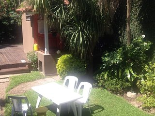 Hermosa Casa en Tigre con parque , piscina , parrila y garage. A metros del Río.