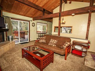 ~Mountain Top~Great Sun Deck W BBQ~Kitchen/Dining~Central Moonridge Location~