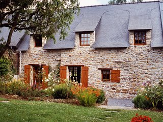 Traditional Breton Cottage near La Roche Bernard, Brittany